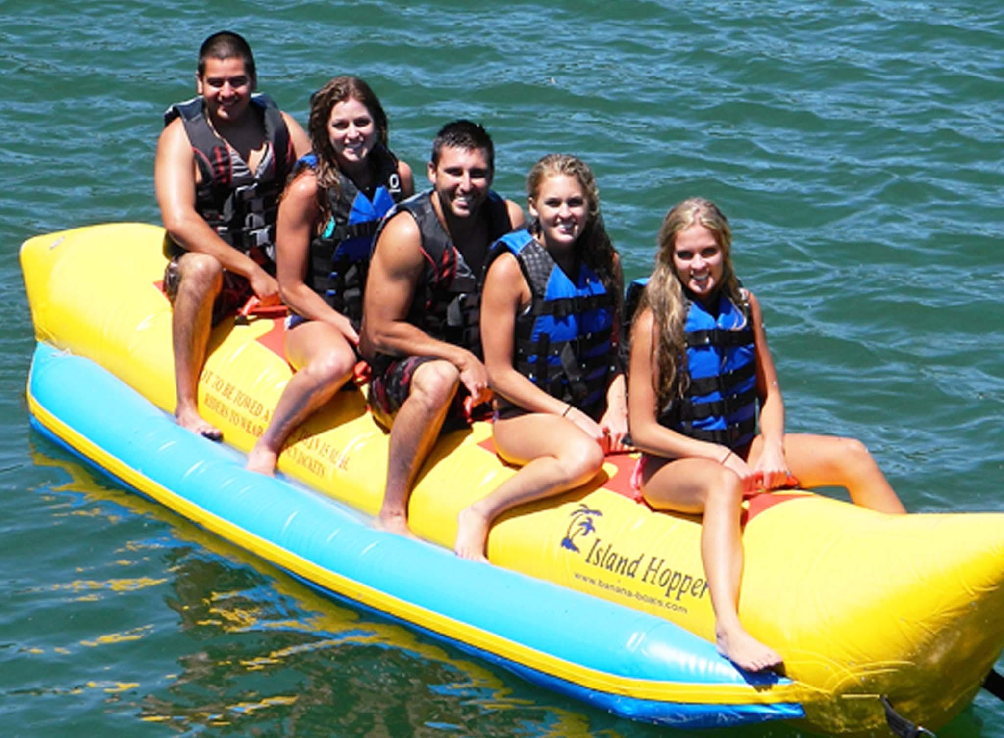 Deportes Acuaticos Sitges Banana Boat 1