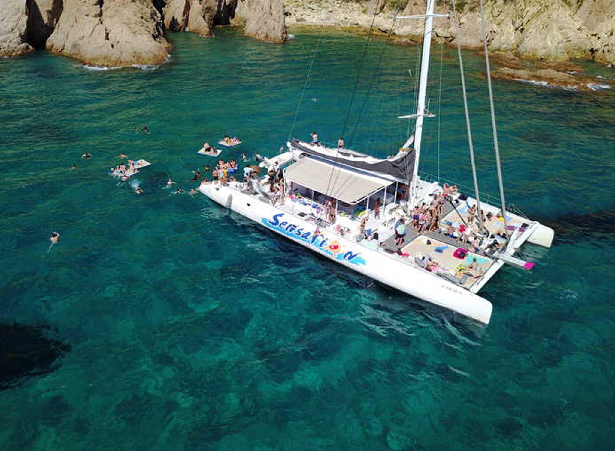 Paseos Catamaran Sitges 1
