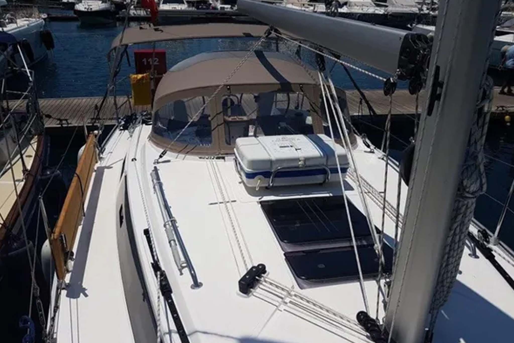 Aquiler barco Sitges Bavaria 50 2