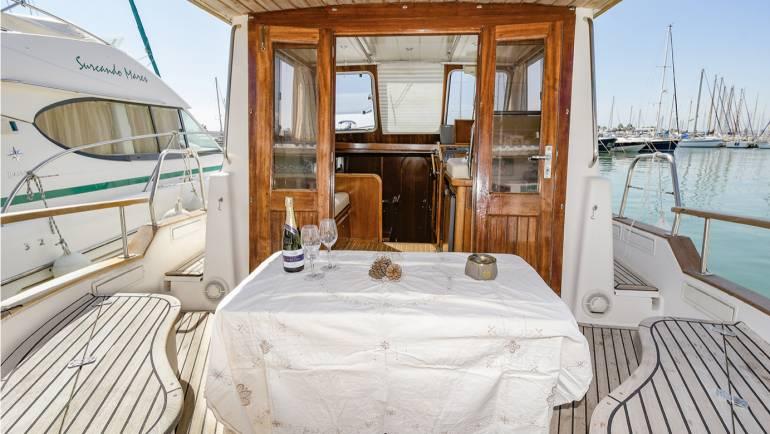 Barcos en Sitges Cita Romantica