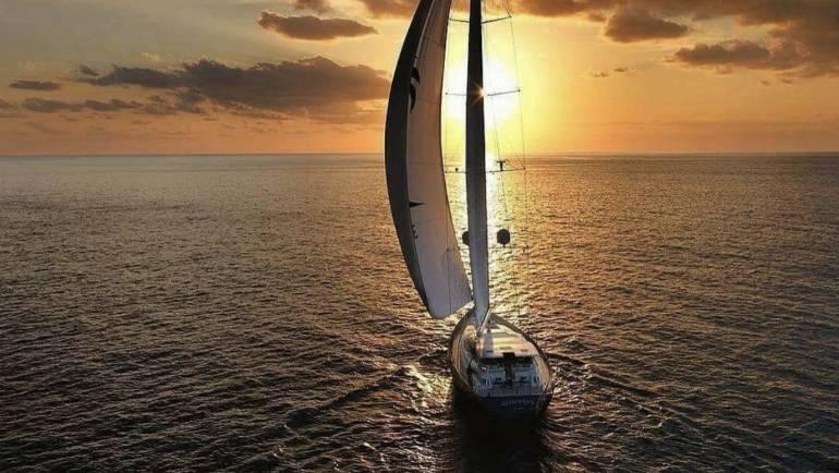 Salidas barco Sitges puesta de sol