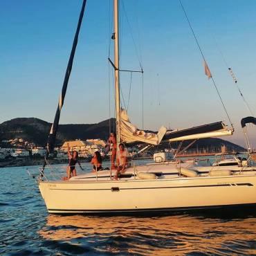 Paseo en Barco y Aperitivo