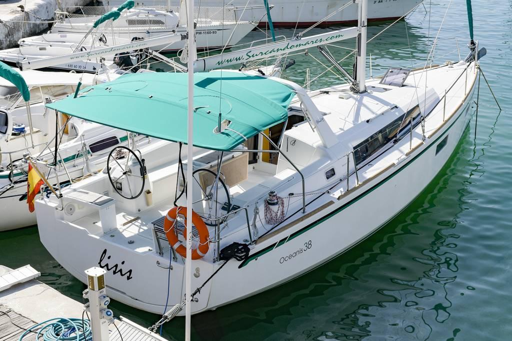 Alquiler Velero Sitges Oceanis 38 1
