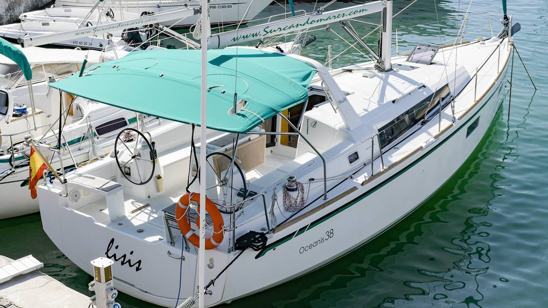 Alquiler Velero Sitges Oceanis 38