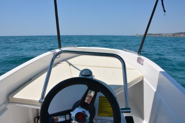 Alquiler Barcos Sin Licencia 8